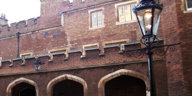 london-tour-guide-st-james-palace-3